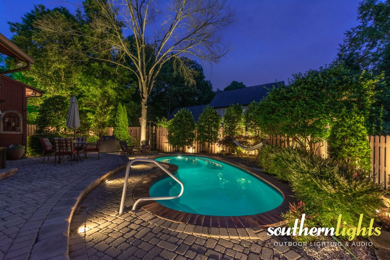 outdoor lighting in wedgewood neighborhood greensboro nc 27403